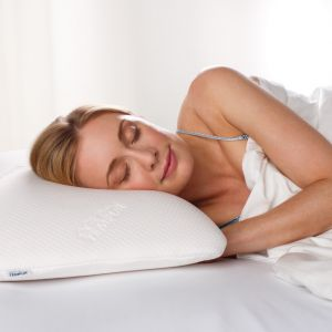 TEMPUR Symphony Ergonomic Pillow with model 2015 resized